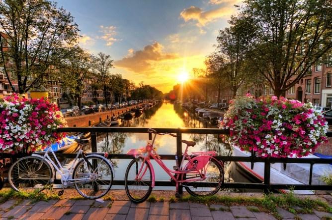 Majówka last minute w Amsterdamie to jest to.