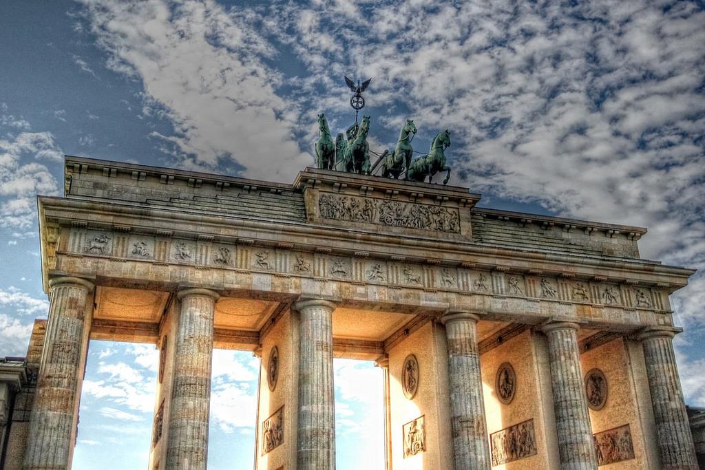 Berliini-nähtävyydet: Brandenburgin portti