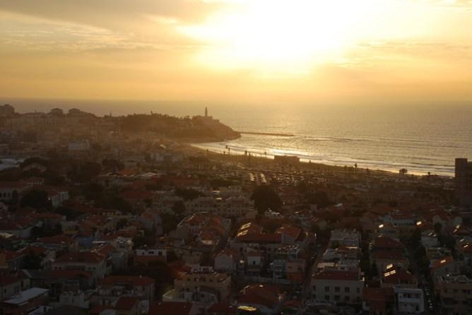 Ηλιοβασίλεμα στη γειτονιά Νεβέ Τζεντέκ, Τελ Αβίβ