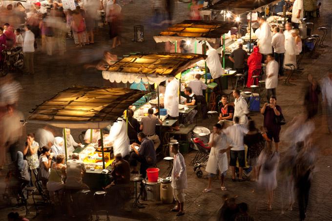 Πάγκοι με φαγητό στο Μαρακές - ταξίδι στο Μαρόκο