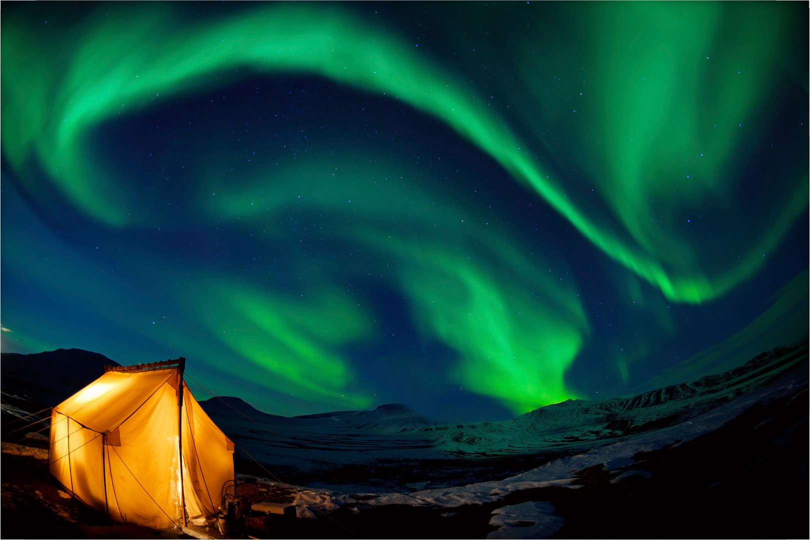 6 Best Places To See The Northern Lights In Winter 2015 2016