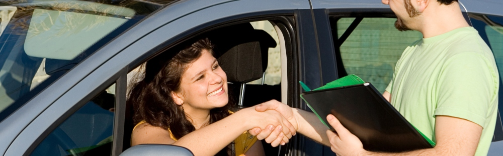 How to Rent a Car: 8 Top Tips to Keep in Mind | Skyscanner