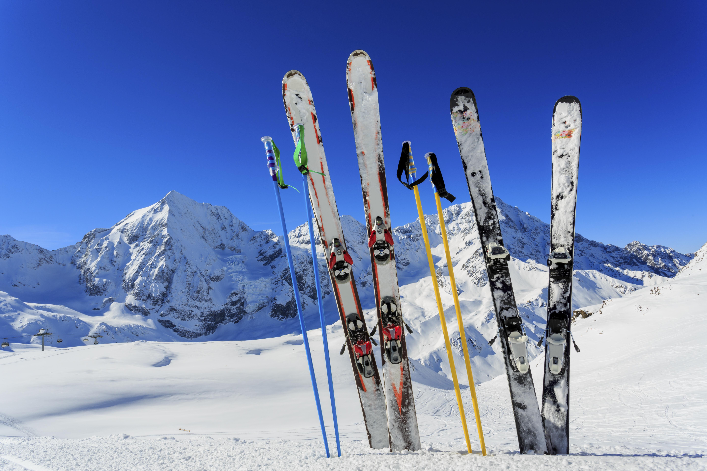44fe145bc9b 7 deportes 'trending' de invierno y los mejores destinos europeos donde  practicarlos | Skyscanner - Noticias