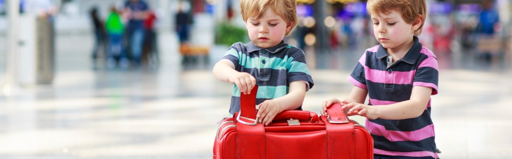 f311e1f334bf 10 best suitcases for children