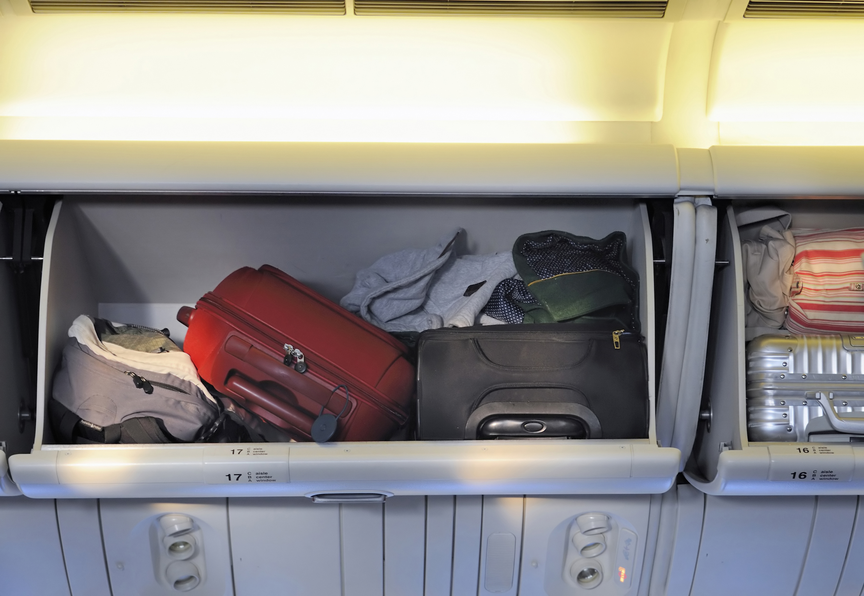 Items you can't pack in your carry on luggage - Skyscanner