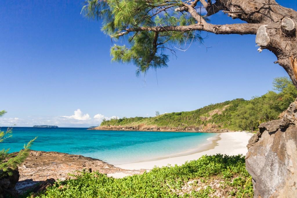 Пляжи на Мадагаскаре тоже мультяшные