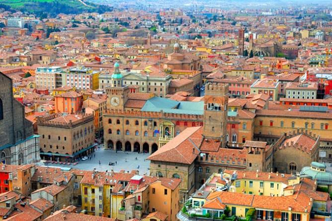 Viaggi in Italia: Bologna