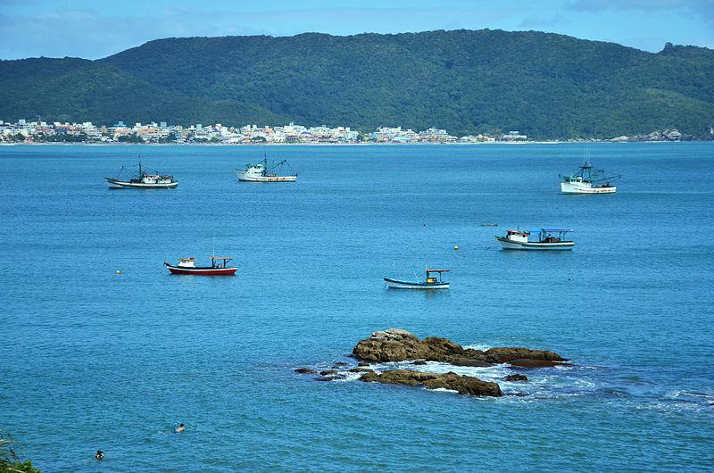 Playas del sur de Brasil, Bombas y Bombinhas