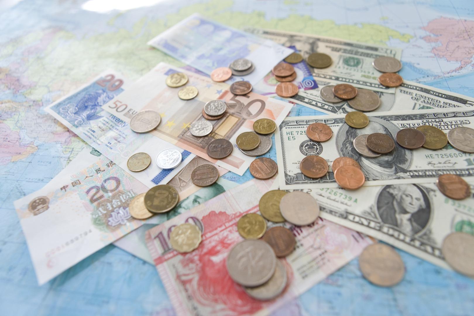 4da7f0c442 Como comprar dólar e dicas para trocar dinheiro | Skyscanner Brasil