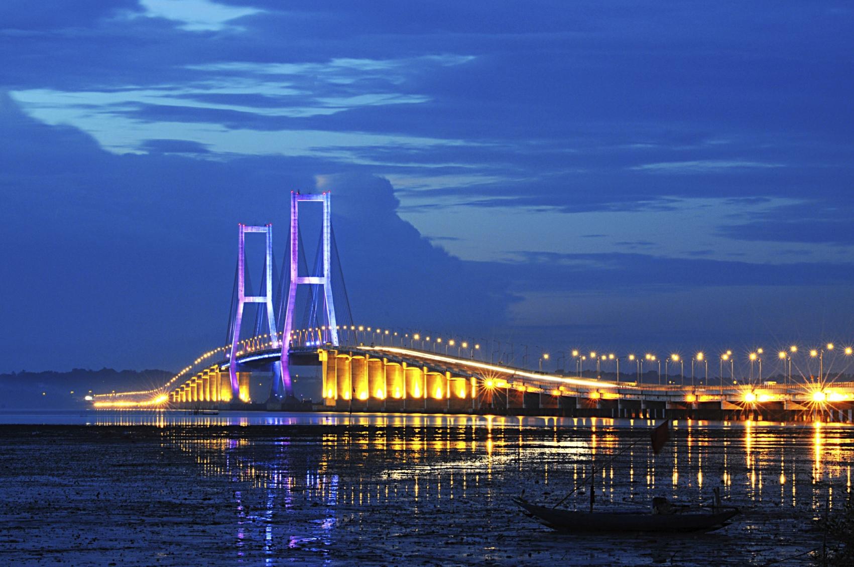 cheap flights to Surabaya, Indonesia