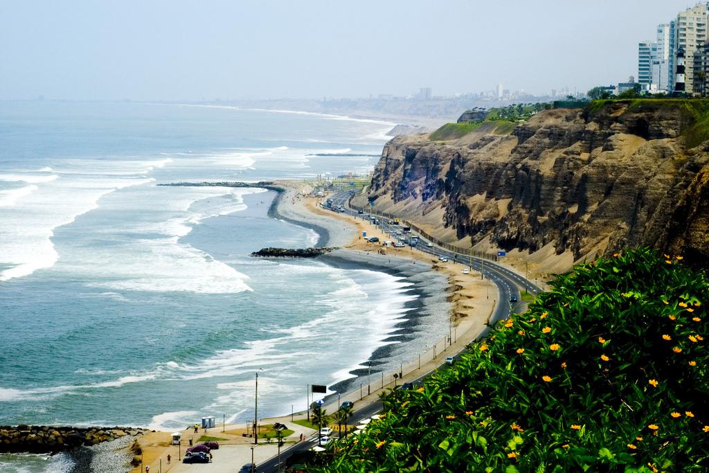 Lentodiilit Etelä-Amerikkaan: Lima