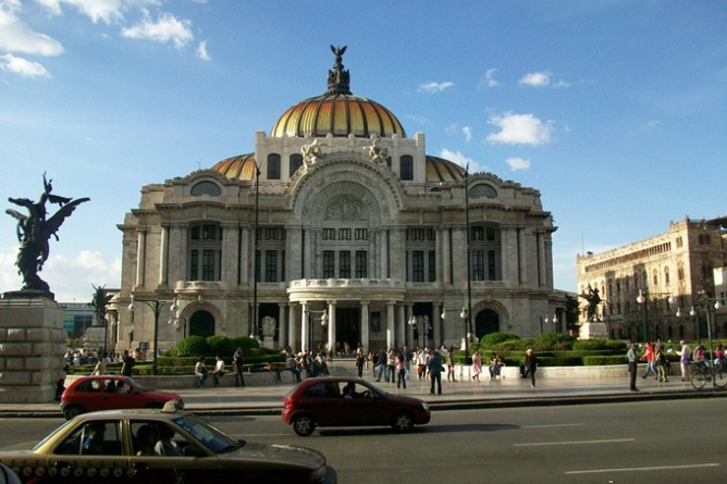 Palacio de Bellas Artes, a top thing to do in Mexico City | Skyscanner Canada