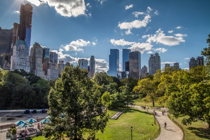 New York Skyline in Central Park: Weekly Flight Deals to the U.S