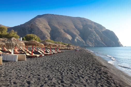 Die schönsten Strände Griechenlands: Strand von Perissa, Insel Santorin