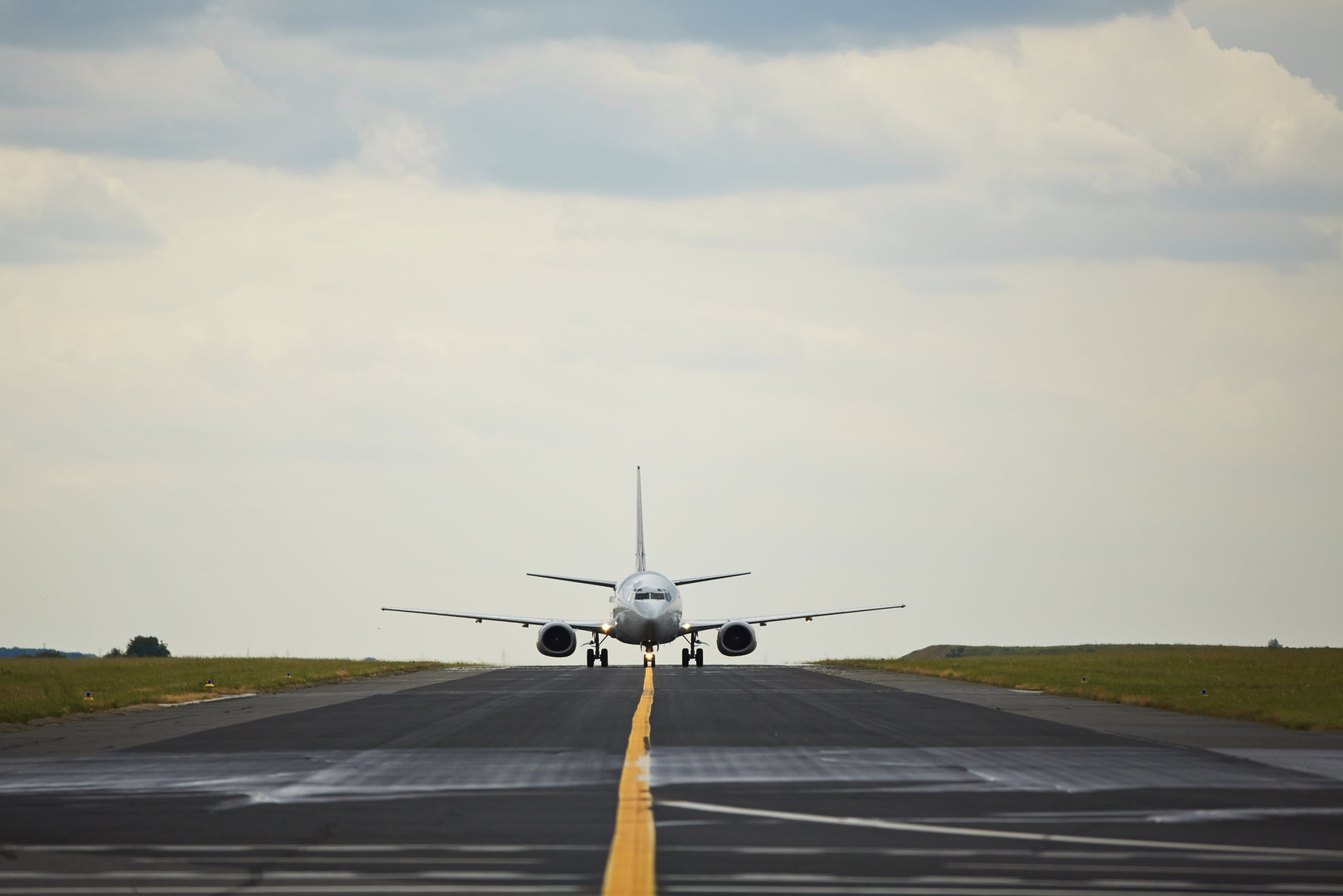 Do Planes Fly in the Rain? Everything You Need to Know