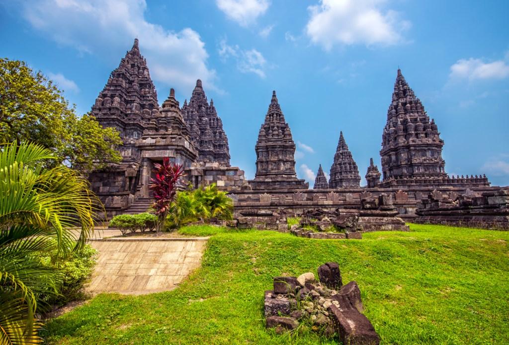 Stattet den Tempeln in Indonesien einen Besuch ab