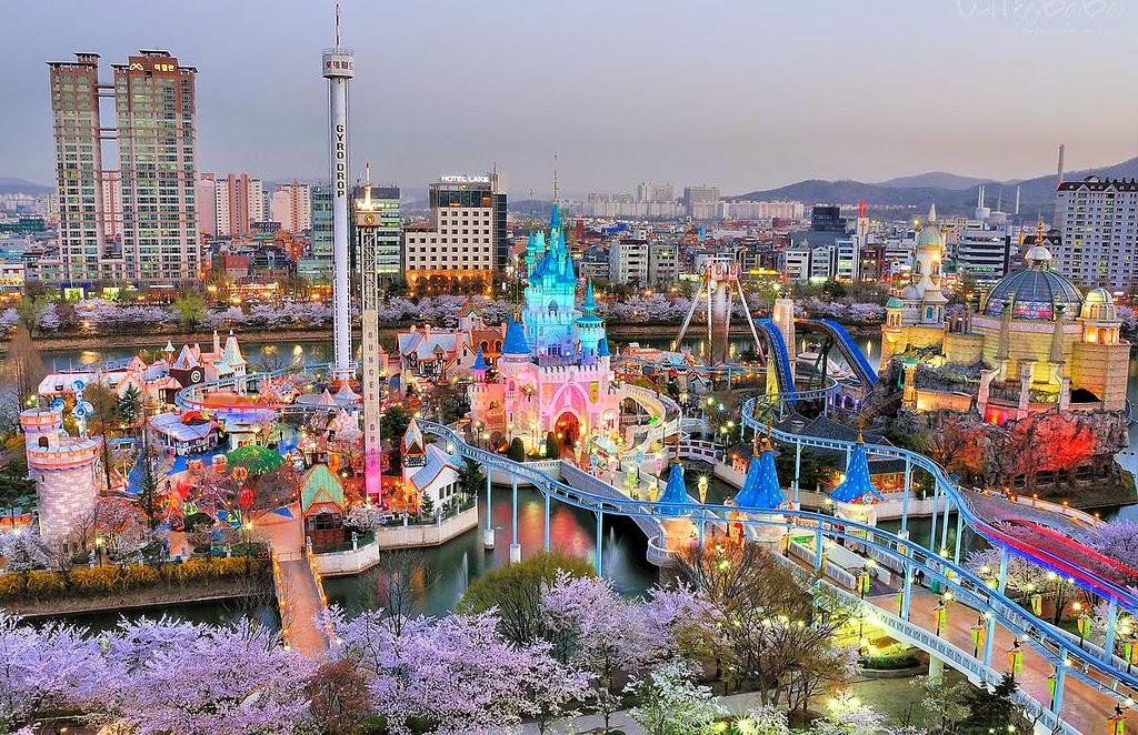 Чем заняться в Сеуле с детьми? Сходите в парк развлечений Lotte World