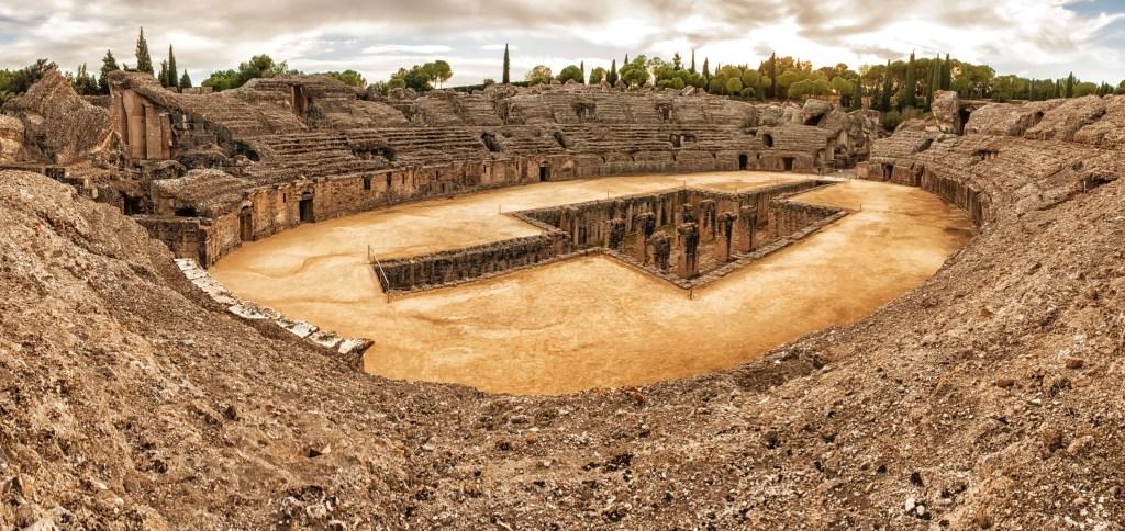 To Ρωμαϊκό Αμφιθέατρο στην Italica της Ανδαλουσίας