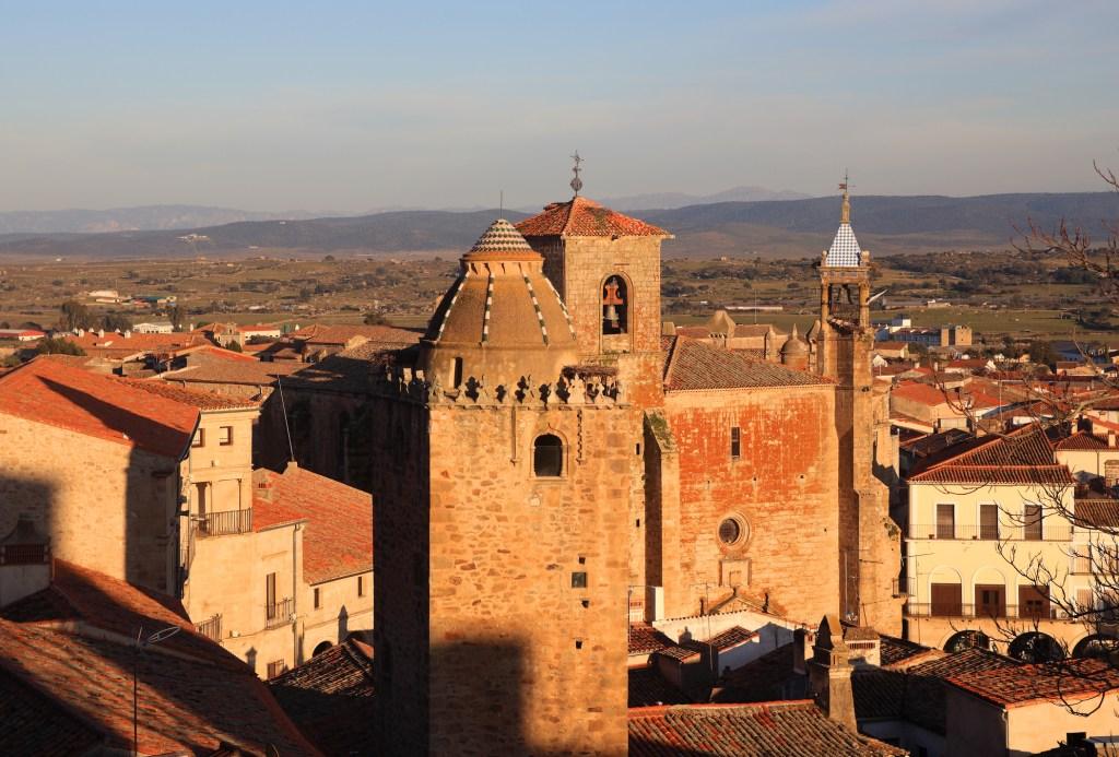 H μεσαιωνική πόλη του Κάθερες, Ισπανία