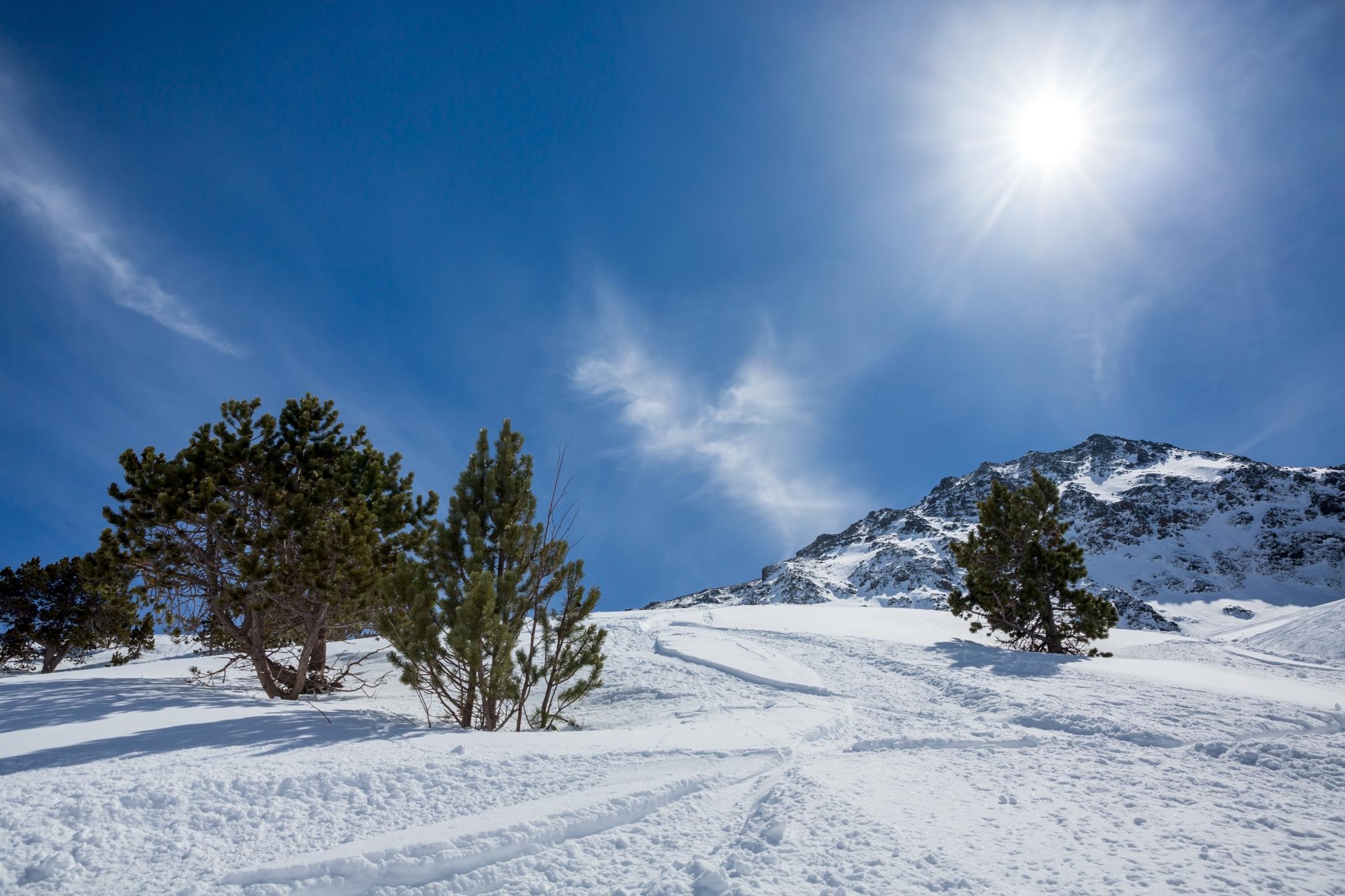 Χιονισμένο τοπίο - οι 11 καλύτεροι χειμερινοί προορισμοί στην Ελλάδα