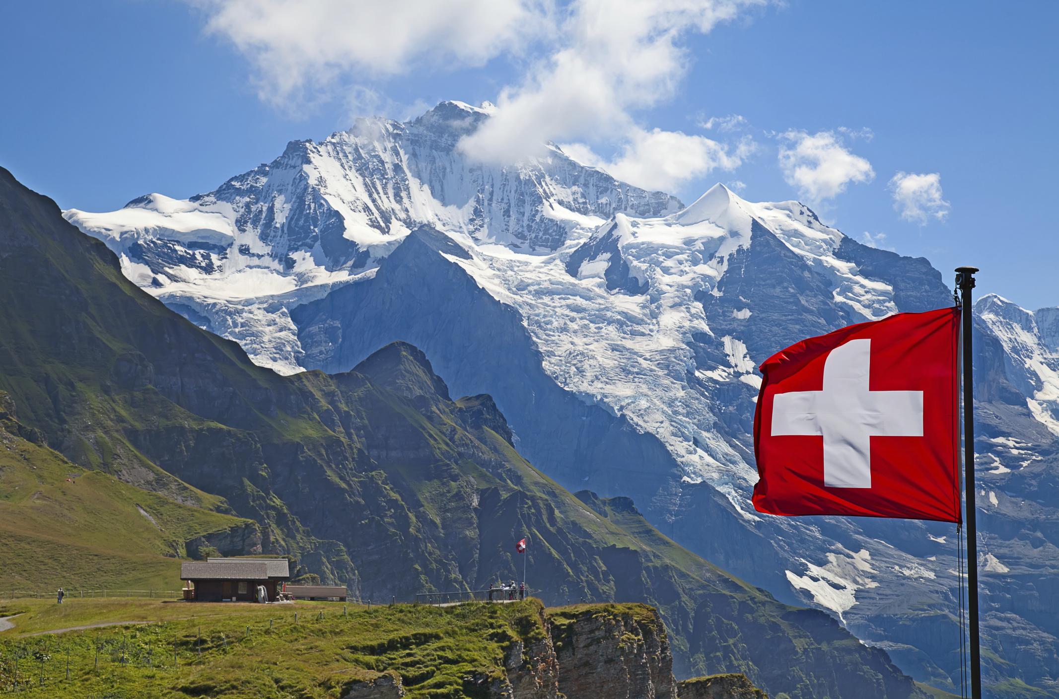 Turismo, Hoteles, Destinos, todo sobre el placer de viajar - Página 2 Swiss-jungfrau-177059346