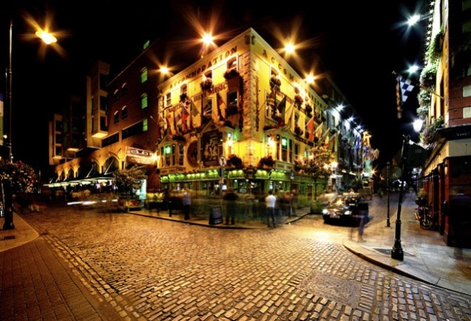 The Temple Bar, Dublin lit up at night