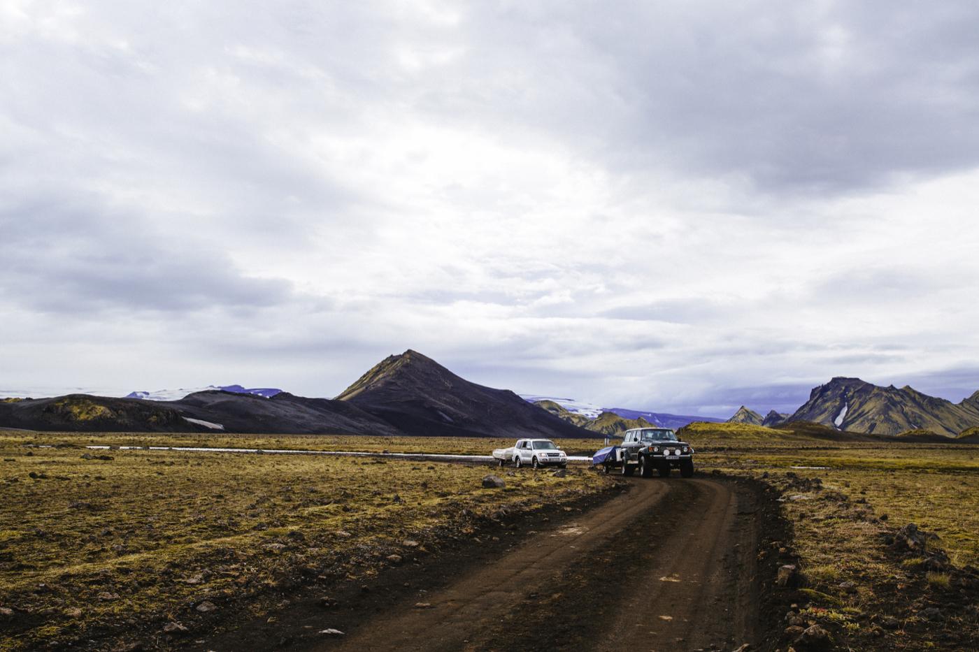 Αυτοκίνητα σε road trip στην Ισλανδία