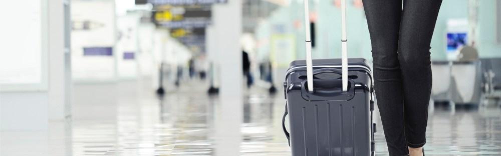 Pakkaa käsimatkatavarat Wizz Air -lennolle kätevästi. Katso matkatavaroiden  koot ja määrät kätevästä taulukosta! 086001454b