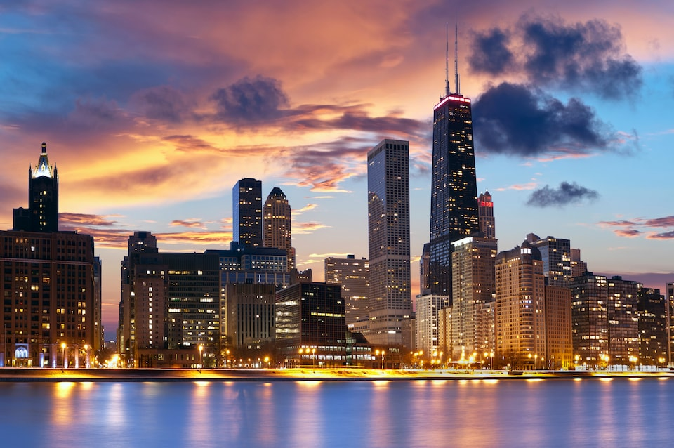 This is the Cheapest Time to Fly to Chicago | Skyscanner