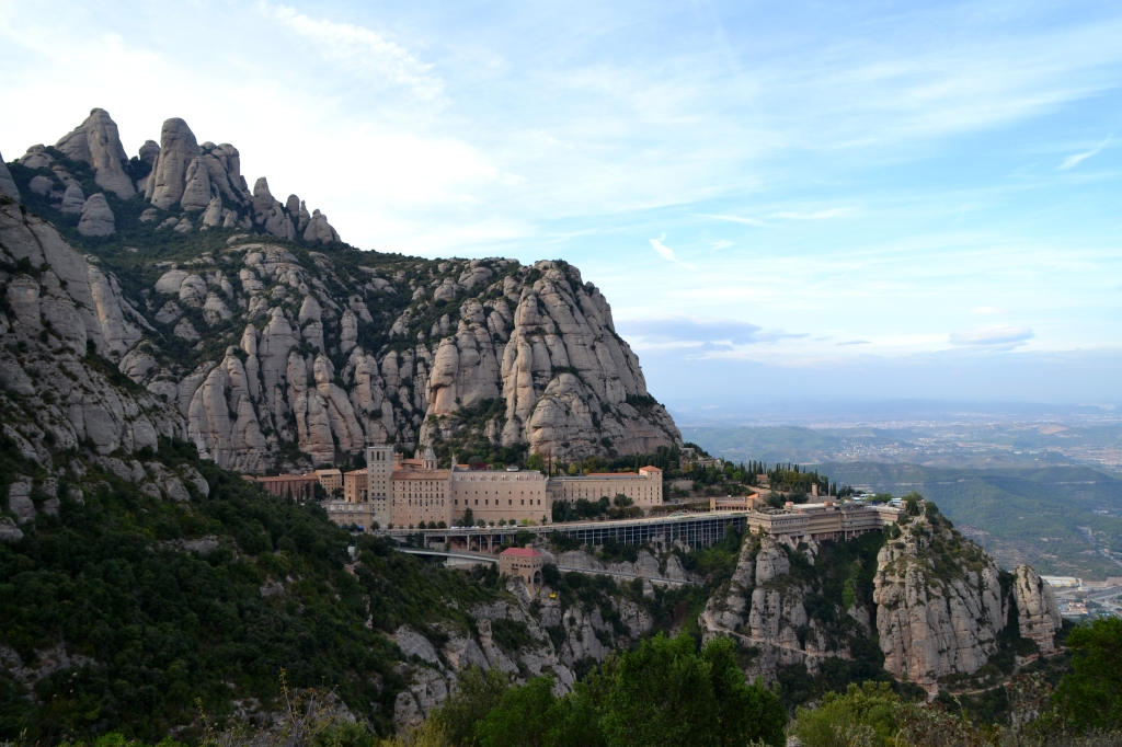 El monasterio de Montserrat en la montaña
