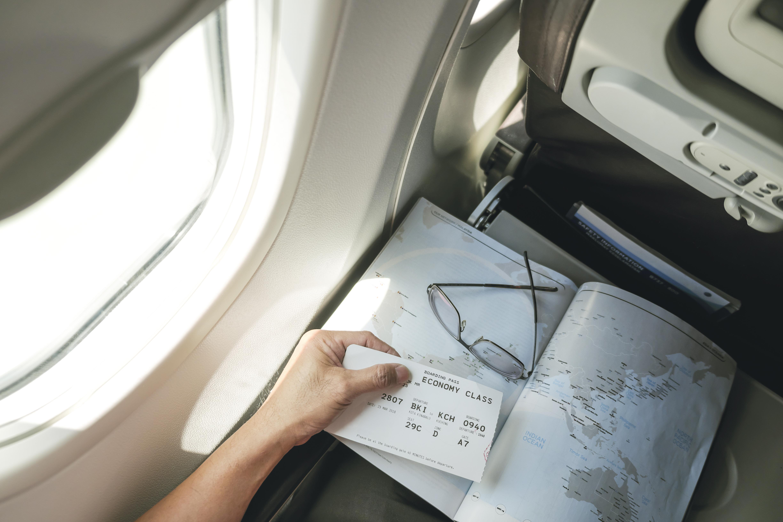 Quand réserver son billet d avion au meilleur prix     Skyscanner France 650c25f38f50