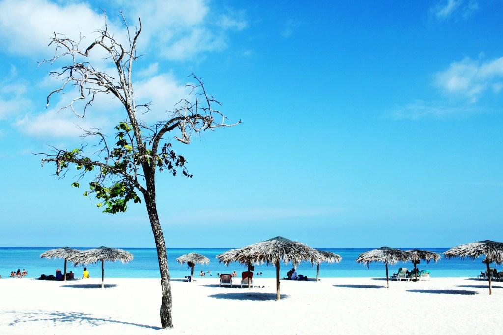 Пляж Playa de Guardalavaca на Кубе