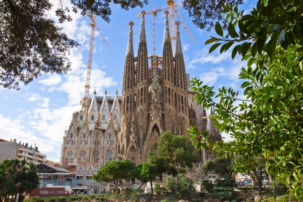 Image of La Sagrada Familia in Barcelona, which is a Top Summer European Vacation. Splurget in Barcelona | Skyscanner Canada