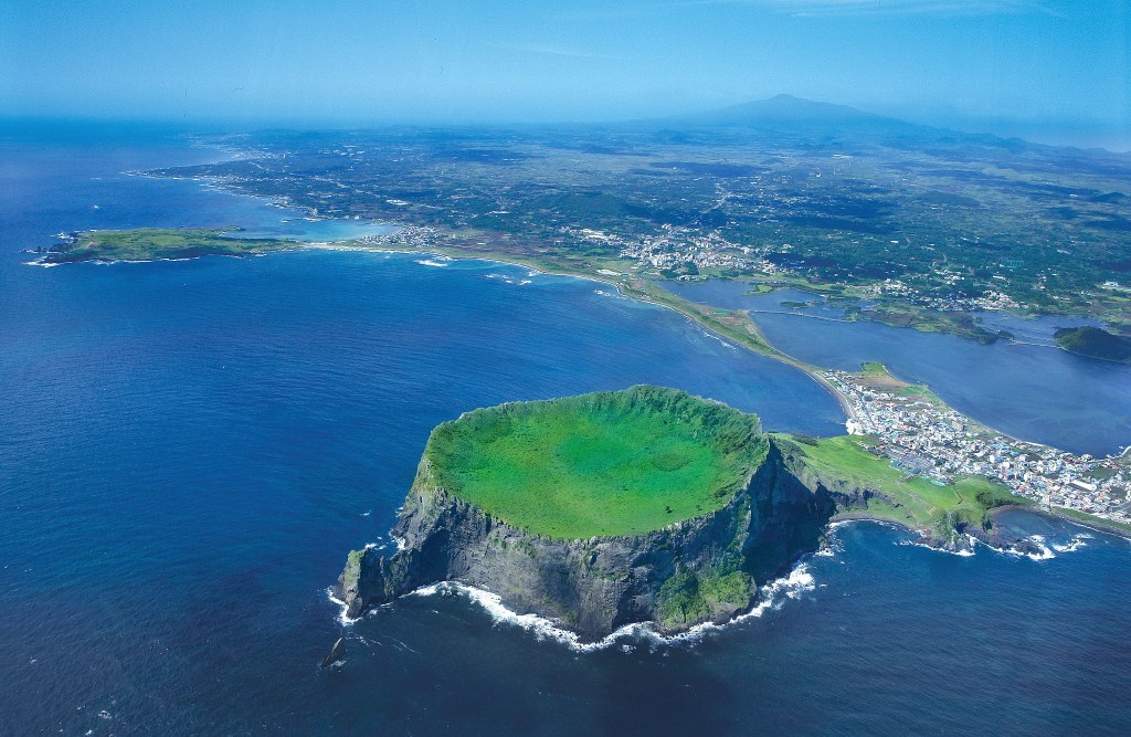 Seongsan ilchubong jeju island korea itinerary