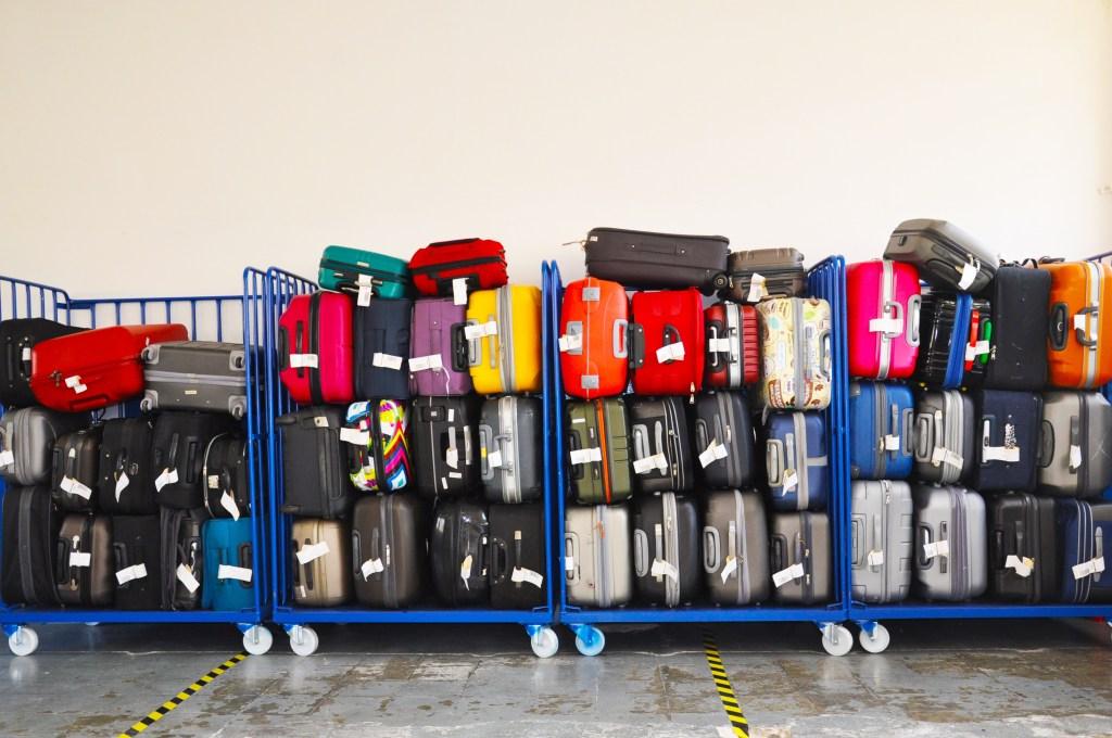 d5ec355cc Pero más allá de buscar un culpable, en este artículo queremos darte  consejos sobre qué hacer cuando se pierde tu equipaje, a quién acudir, qué  pasos seguir ...