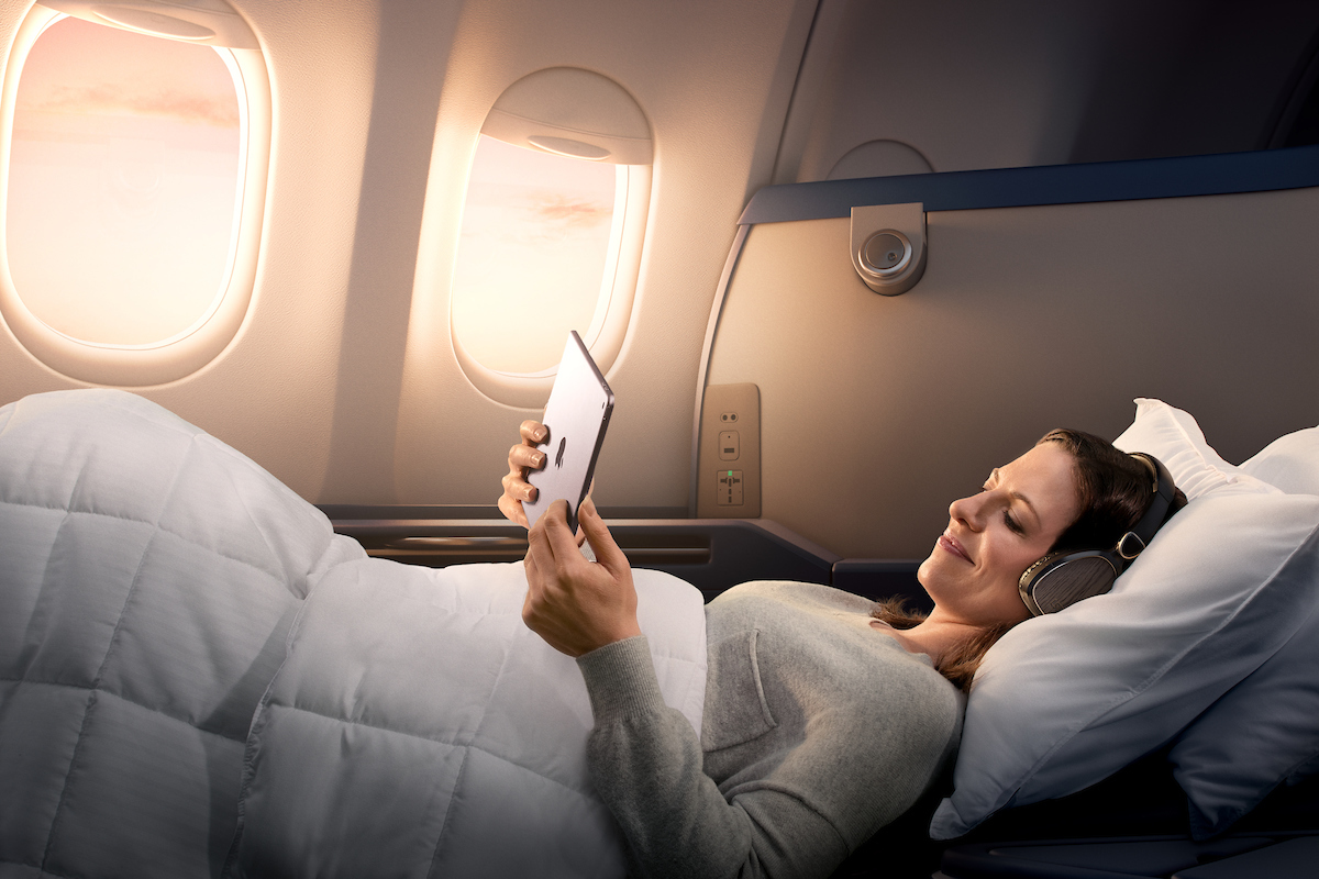 Travel Tips: How to get the best plane seats | Skyscanner Australia