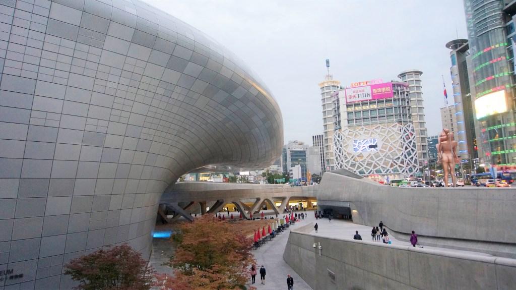 Dongdaemun Design Plaza in Seoul for shopping