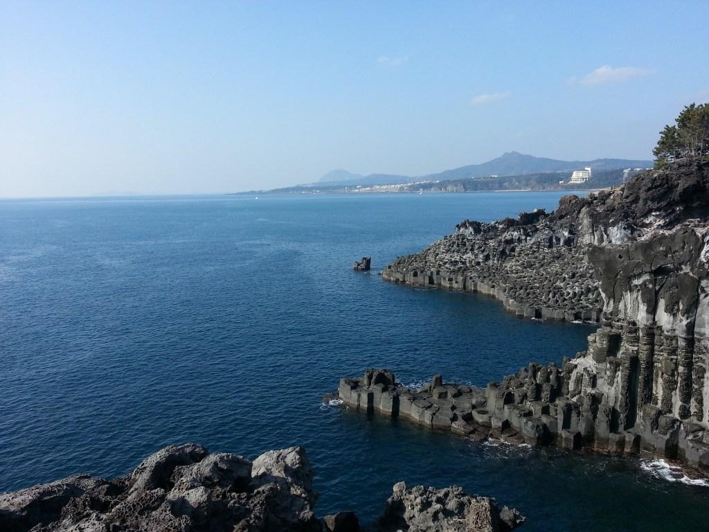 jeju island jusangjeolli cliff korea itinerary