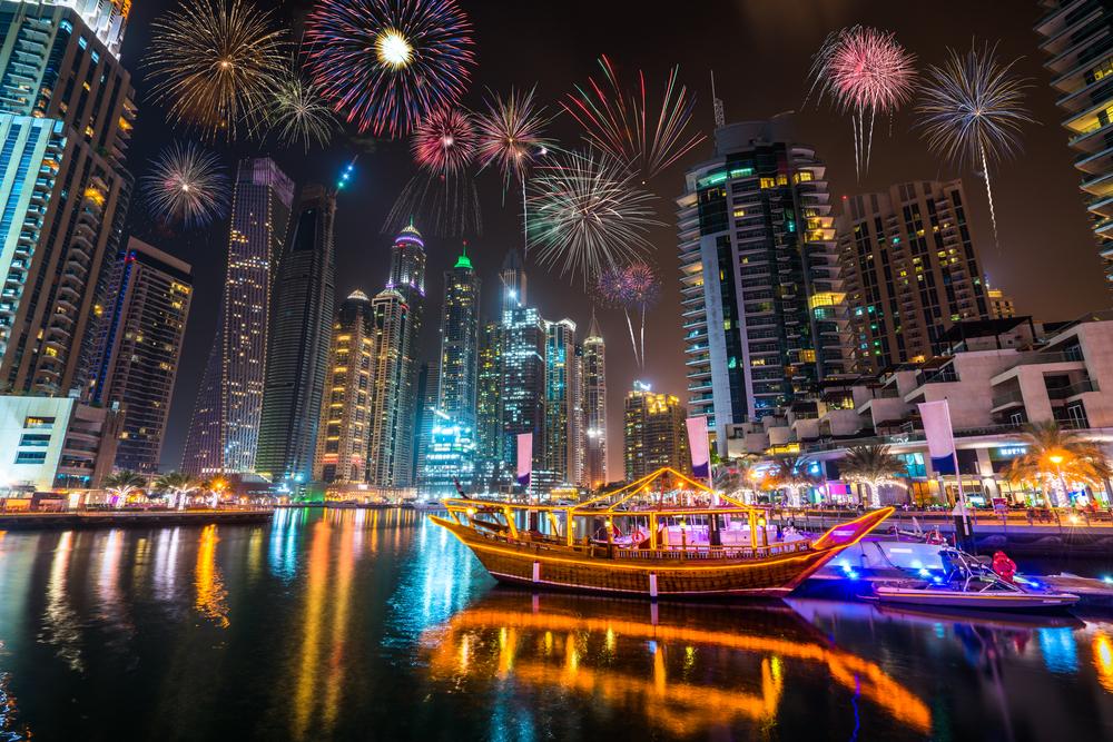 カウントダウン Countdown ドバイ Dubai