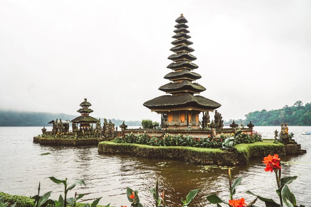 Bali tapınaklar