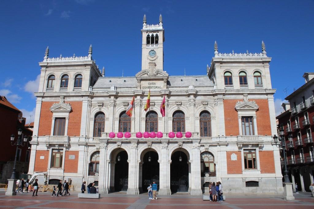 Fachada ayuntamiento en Plaza Mayor de Valladolid