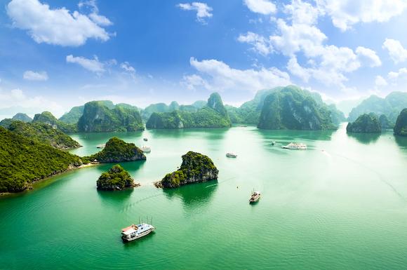 ベトナム 山水画の世界が広がるハロン湾
