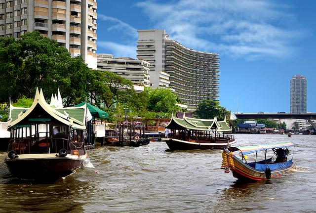 aurinkoinen matka Bangkokiin