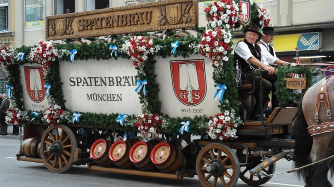 münih oktoberfest sokaklar