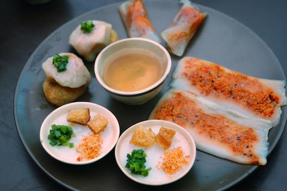 ベトナム 米粉を使った名物料理が多いフエ