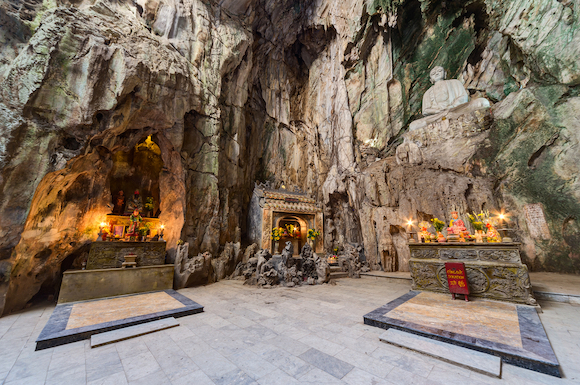 ベトナム ダナン フェンコン洞窟