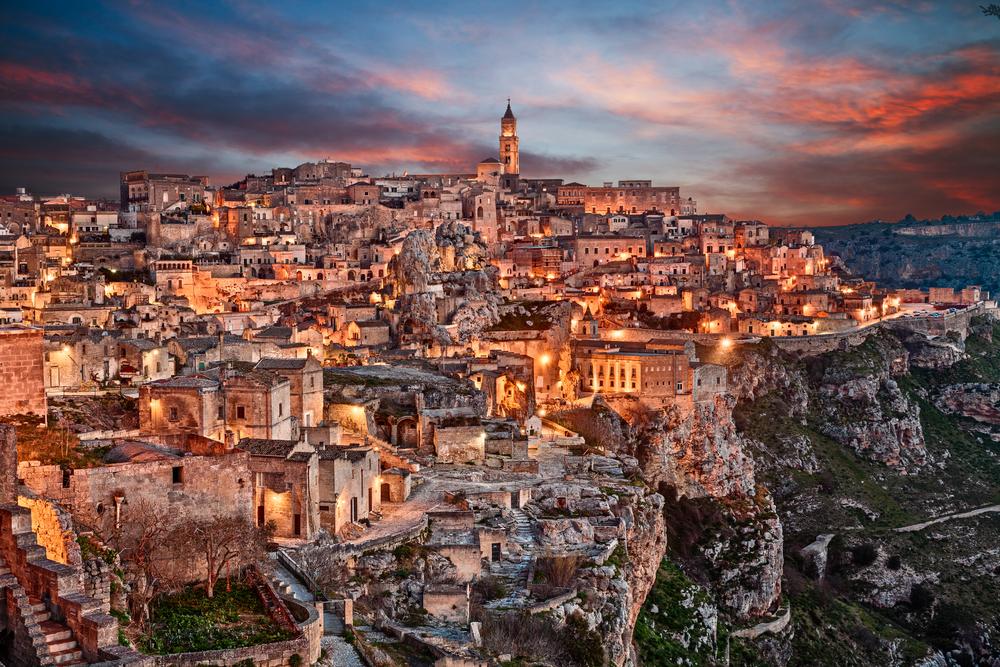 今年行くべき旅先トップ10 イタリア マテーラ Matera 欧州観光首都 洞窟住居