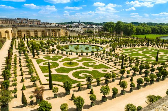 フランス ヴェルサイユの宮殿と庭園