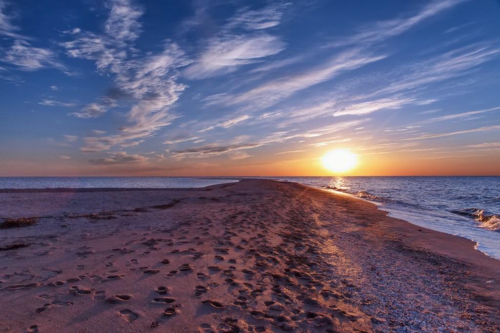 Где отдохнуть на море в июне с детьми за границей недорого - 26 лучших курортов