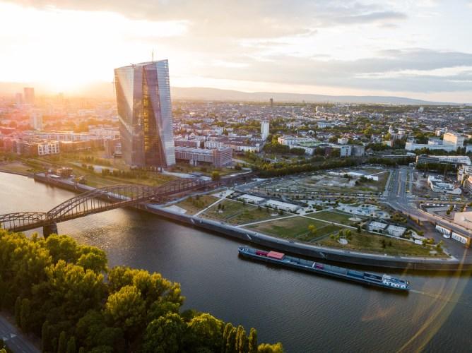 Summer in Europe - Singapore to Frankfurt